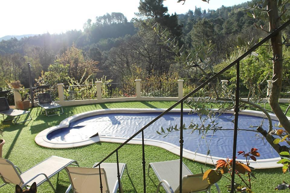Piscine et terrasse panoramique (80m²)