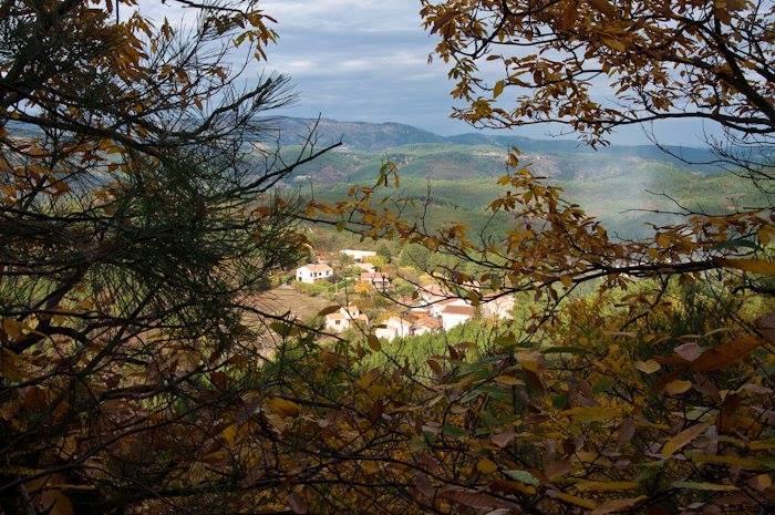 Vue sur le lieu-dit depuis la montagne