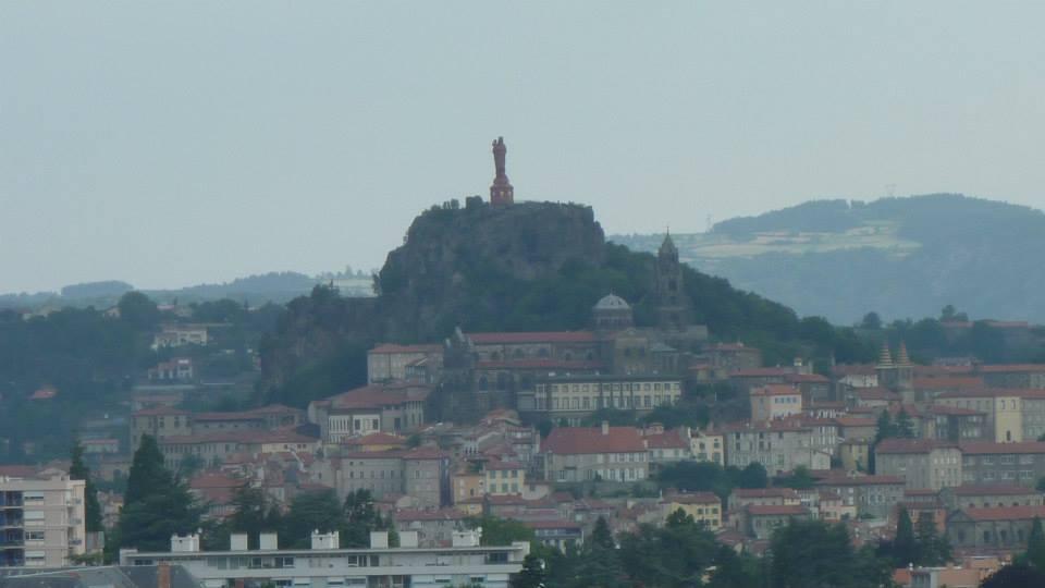 À Le Puy-En Velay